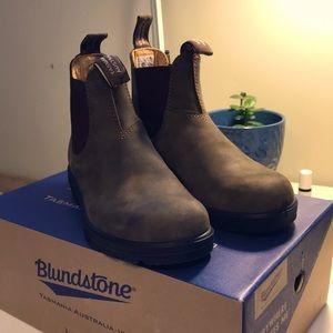 Blundstone 585 Rustic Brown BNIB